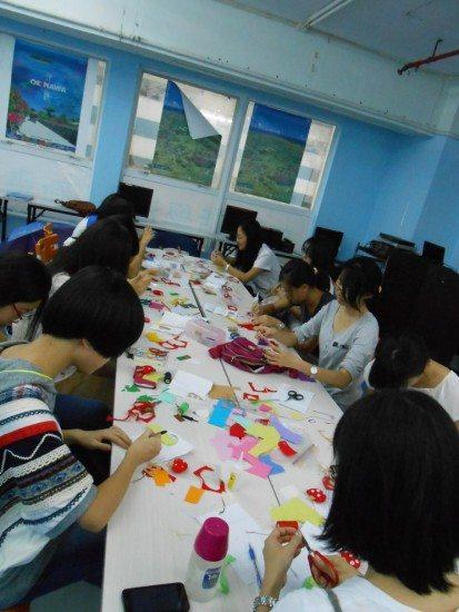 DIY handcraft to enhance creativity