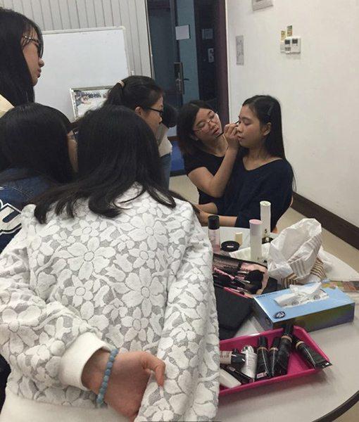 Art of Makeup2