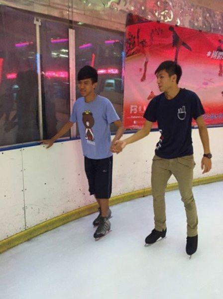 Ice-skating2